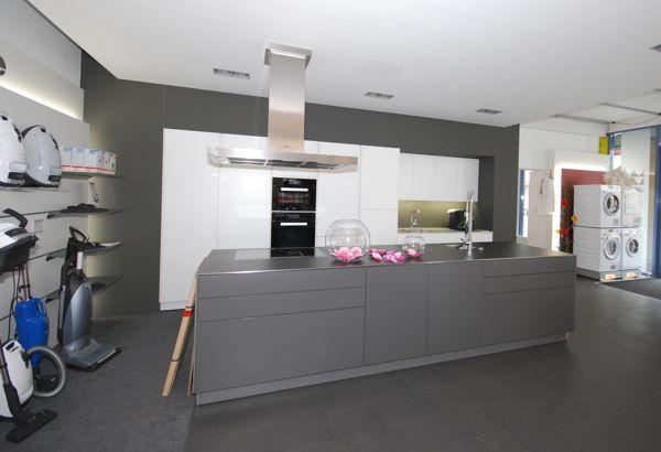 Kompetente Küchenberatung bei Miele Center Bauer in Wien