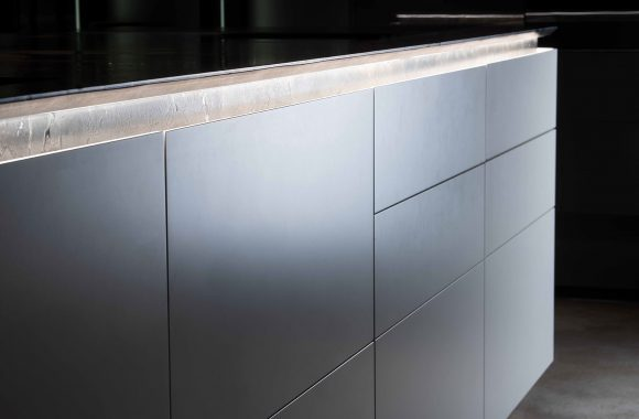 Warendorf Hochwertige Verarbeitung Designküche - Weiß Glattlack | Eiche